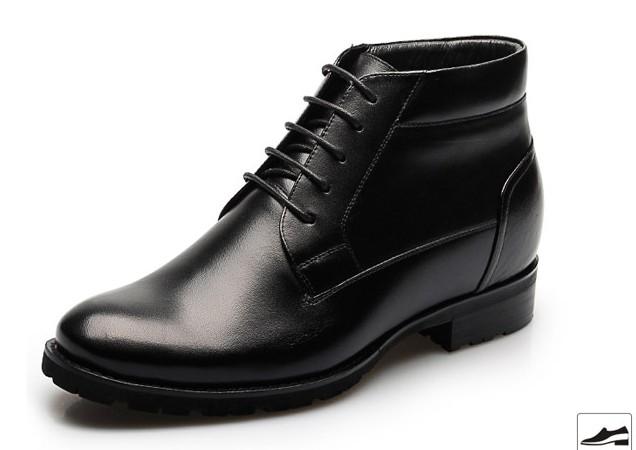 黑色马丁靴