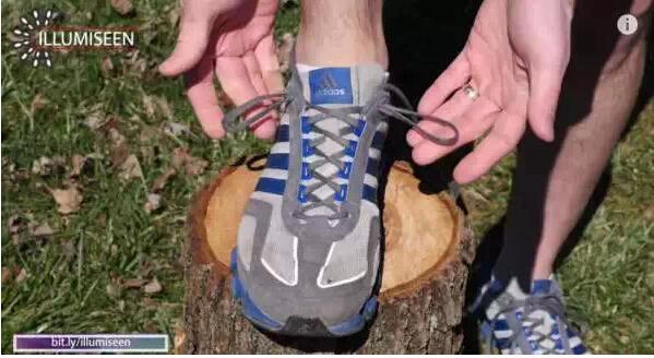 内增高运动鞋鞋带超强系法【图】